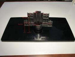 V- PIEDISTALLO SUPPORTO STAFFA BASE SAMSUNG LE32C530